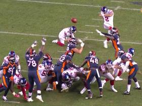 Adam Gotsis blocks New York Giants field goal attempt