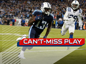 Watch: Can't-Miss Play: Mariota dials long-distance to Taylor for clutch TD