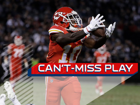 Can't-Miss Play: Tyreek Hill makes David Amerson fall on 64-yard TD