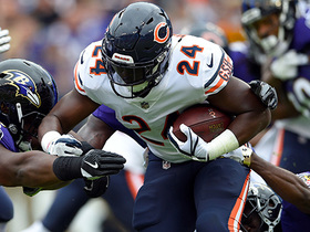 Trevathan says Howard is 'like a middle LB running the football'