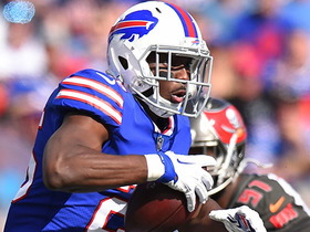 Watch: LeSean McCoy uses his speed to run for 23 yards