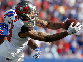 Watch: Mike Evans brings the ball into the red zone