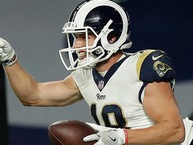 Watch: Cooper Kupp takes screen pass in for 18-yard TD