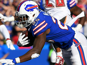 Watch: LeSean McCoy ties the game with a TD run