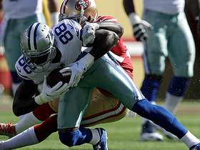 Watch: Dez Bryant stretches out for first down