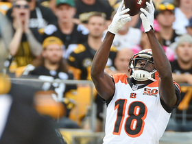 A.J. Green makes catch between three defenders for first down