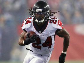 Watch: Devonta Freeman breaks loose for 21-yard gain