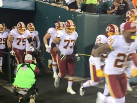 Watch: Redskins burst onto scene at Lincoln Financial Field