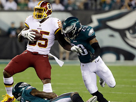 Vernon Davis dissects Eagles defense on 31-yard catch