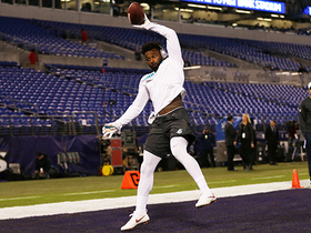 Jarvis Landry snags one-handed catch in warmups