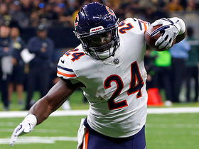 Off to the races! Jordan Howard explodes through hole for 50 yards