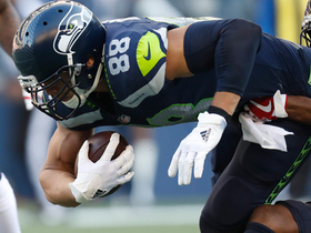 Jimmy Graham helps get Seattle off its own goal line with 11-yard catch