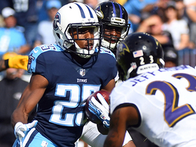 Adoree' Jackson comes in on offense, breaks off a big run