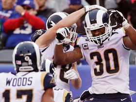 Todd Gurley nabs his second TD of the day on 4-yard run