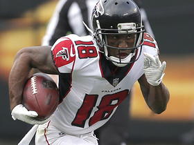 Taylor Gabriel shows off jets on 40-yard catch and run
