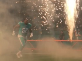 Miami Dolphins players run out to explosive entrance