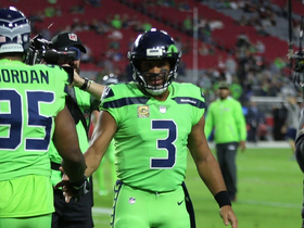 Graham, Wilson pump up teammates before TNF
