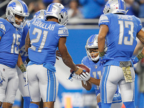 Ameer Abdullah rushes up the middle for 8-yard TD