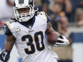 Todd Gurley turns short screen pass into 43-yard gain