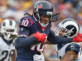 DeAndre Hopkins shows off tip-toe skills on looping 32-yard pass