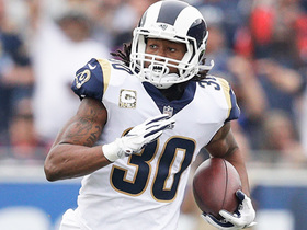 Watch: Todd Gurley breaks through on 1st-and-20, picks up the first down