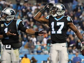 Sea parts for Devin Funchess on 28-yard screen-pass TD