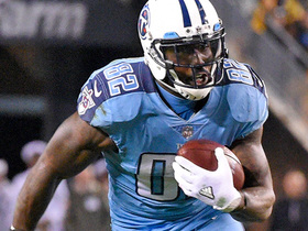 Watch: Delanie Walker refuses to go down on 42-yard pickup
