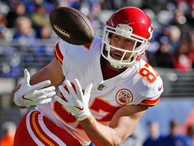 Watch: Travis Kelce leaps over defenders on first play
