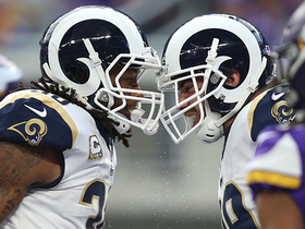 Watch: Todd Gurley fights up the middle for 6-yard TD