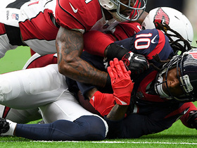 Watch: Hopkins rumbles through Cardinals' D for 34-yard catch and run
