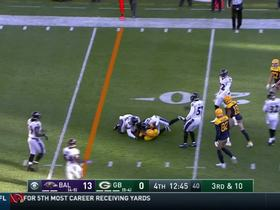 Brett Hundley hits Davante Adams in stride for a first down