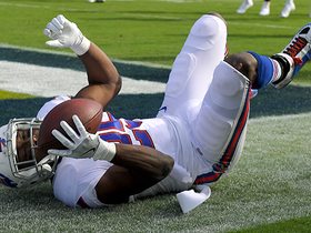 Watch: LeSean McCoy dodges defenders and rushes for a 27-yard TD
