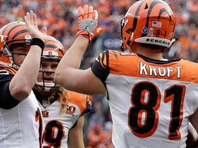 Andy Dalton lobs an easy 1-yard TD to Tyler Kroft