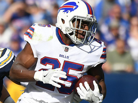 Watch: McCoy explodes for 32-yard run on Tyrod Taylor's first play