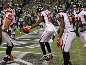 Watch: Mohamed Sanu comes down with amazing one-handed TD catch