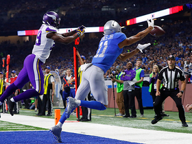 Watch: Xavier Rhodes tightens the clamps on Marvin Jones, prevents TD