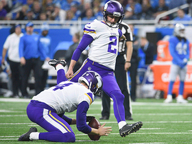 Kai Forbath misses a 53-yard field goal