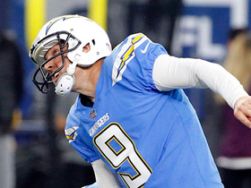 Nick Novak misses extra point after Chargers' first TD