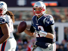 Brady fires 21-yard seam route to Gronk