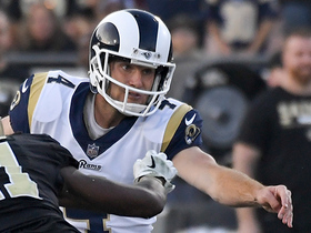Greg Zuerlein's 63-yard field goal attempt falls short