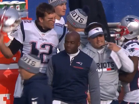 Tom Brady and Josh McDaniels get animated on the sideline