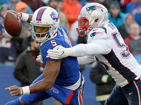 Kyle Van Noy sacks Tyrod Taylor for massive loss