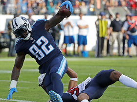 Delanie Walker powers his way down middle of field for TD