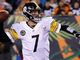 Watch: Roethlisberger completes tight-window pass to Brown for 12 yards