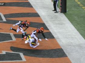 Watch: Antonio Brown catches TD as George Iloka delivers illegal hit
