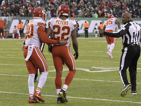 Rapoport: Chiefs suspended Peters for reasons other than penalty-flag throw