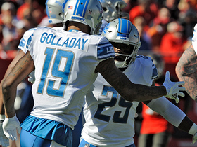 Theo Riddick runs right through Buccaneers defense for 2-yard TD