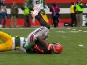 Gordon hauls in third-and-1 catch and drags Packers for first down