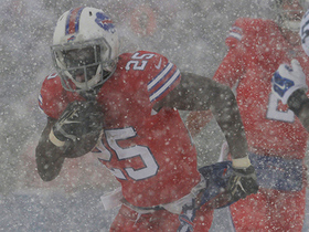 Watch: Shady conquers the snow, hurdles over defender for huge gain