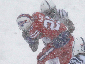 Watch: Snow can't slow down Shady on 25-yard rush